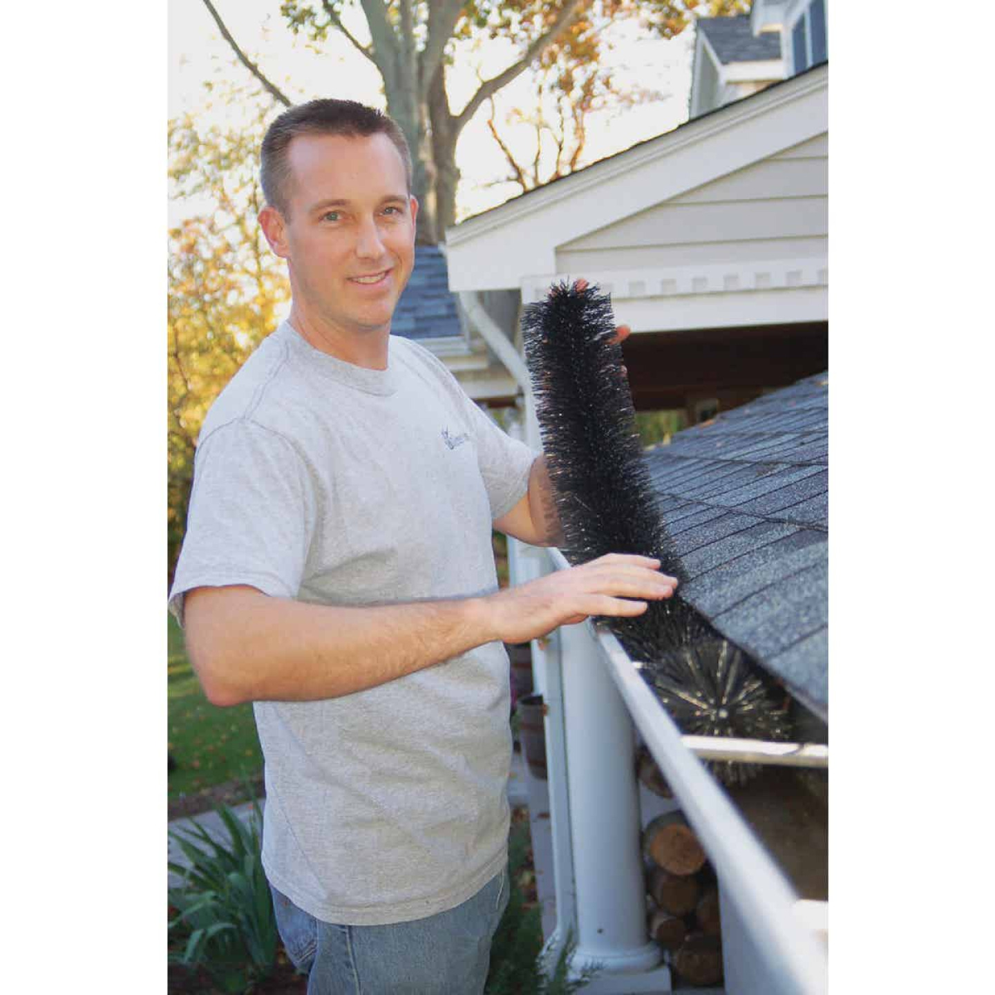 GutterBrush 30 Ft. Gutter Guard Pack - 3 Ft. Sections Image 2